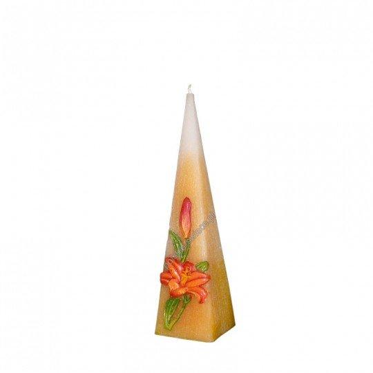 Świeca piramida zdobiona kwiatem 240